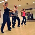 Den dansanta delen av ensemblen har redan lärt sig koreogrfin